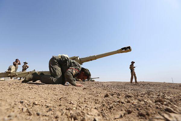 Ciężkie walki Kurdów z Państwem Islamskim w pobliżu miasta Kobane w Syrii