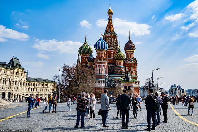 Moskwa. Pięć dni wolnego od pracy w całym mieście. Chodzi o walkę z COVID-19