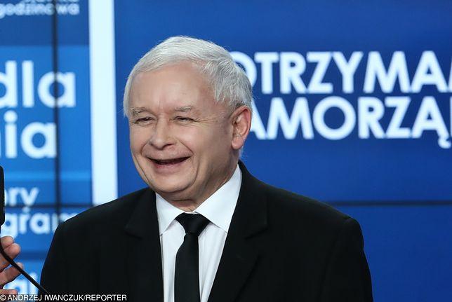 Prezes PiS Jarosław Kaczyński nie krył radości z wyniku wyborczego swojej partii w I turze