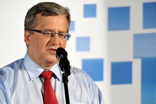 Bronisław Komorowski: sejm powinien rozważyć zmianę przepisów ws. rozliczeń wyjazdów posłów