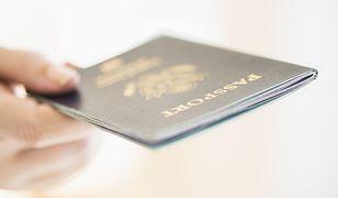 Rośnie liczba Polaków starających się o brytyjski paszport