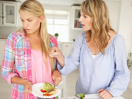 Apodyktyczne matki szkodzą swoim córkom