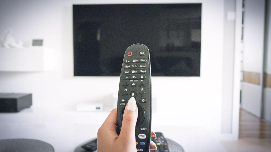 LG zachęca do przestawienia się na nową aplikację mobilną do telewizora, fot. pxfuel