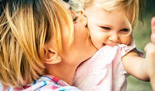 Matka każe płacić pięcioletniej córce czynsz. Jej metoda wychowawcza nie wszystkim się podoba