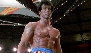 """Sylvester Stallone pracuje nad prequelem """"Rocky'ego"""". Powstanie 10-odcinkowy serial?"""