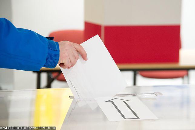 Wybory do Europarlamentu 2019. Co zrobić, żeby zagłosować poza miejscem zamieszkania?