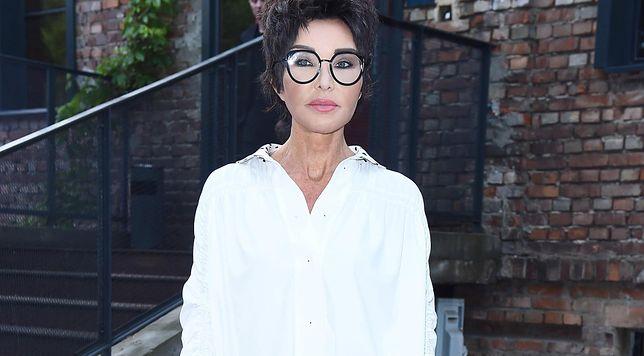 """Ewa Minge: """"Pandemia zmieni modę"""". Zatrudnia emerytki i stawia na dzierganie"""
