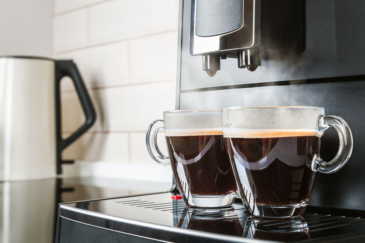 Aromatyczna kawa każdego dnia, tylko z dobrej jakości ekspresem