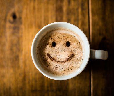 Dawka kawy, mleczka i cukru