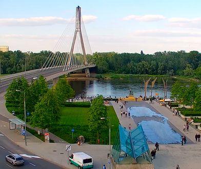 Warszawa. Zwłoki mężczyzny pod mostem Świętokrzyskim. Znalazł je rowerzysta
