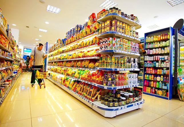 Szantażysta grozi zatruciem żywności w supermarketach. Niemiecka policja: sprawca pozbawiony skrupułów