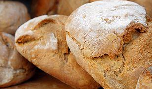 Podpowiadamy, jak upiec chleb w domu