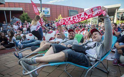 Centra handlowe kuszą ofertą na EURO 2016. Celują w mężczyzn