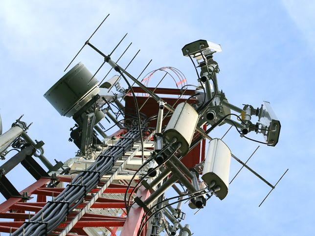 Operatorzy zapłacą aż 2 mld euro za nowe częstotliwości