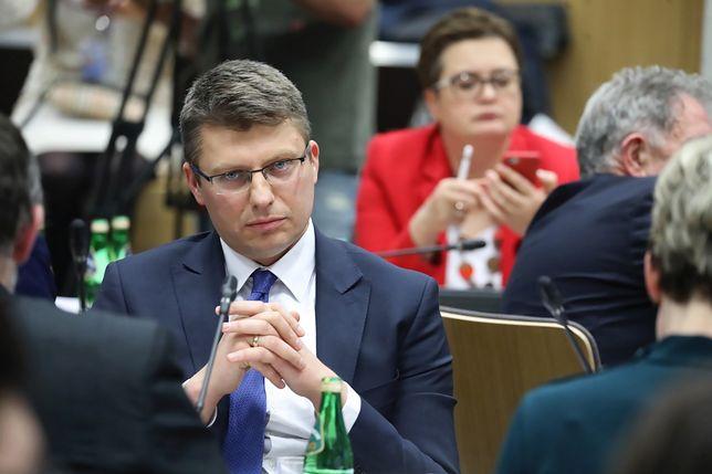 Wiceminister sprawiedliwości Marcin Warchoł skierował list do członków Komisji Weneckiej