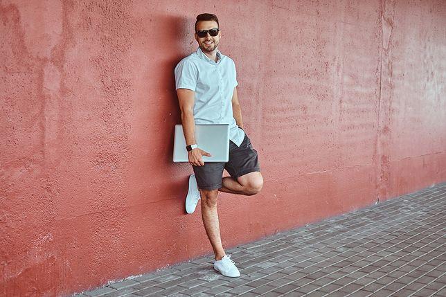 Wybór odpowiedniego stroju może wizualnie wyszczuplać
