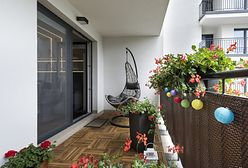 Czym osłonić balkon od wiatru i sąsiadów? Analizujemy popularne rozwiązania