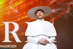 Orły 2020: Maciej Stuhr zaskoczył na gali rozdania nagród. Przebrał się za papieża