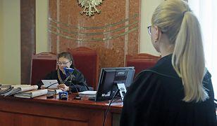 Koronawirus. Polska. Grzegorz K. z Białegostoku powiedział w sklepie, że przechodzi kwarantannę. Został skazany