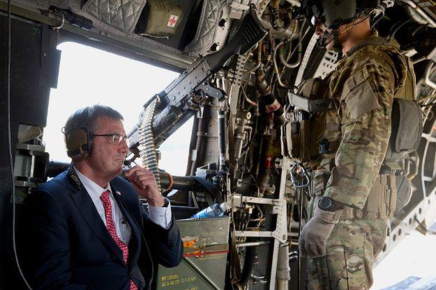 Minister obrony USA niespodziewanie odwiedził iracki Kurdystan