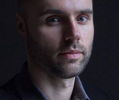 Koronawirus wymusił zmiany. Marcin Januszkiewicz został kurierem