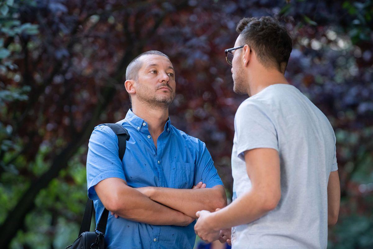 Na Wspólnej. Bogdan w szoku. Karol żąda, by rozwiódł się z Joanną (odcinek 2986 - streszczenie)