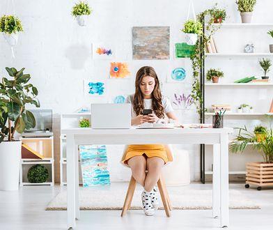 Wygodne biurko do home office – jakie wybrać?