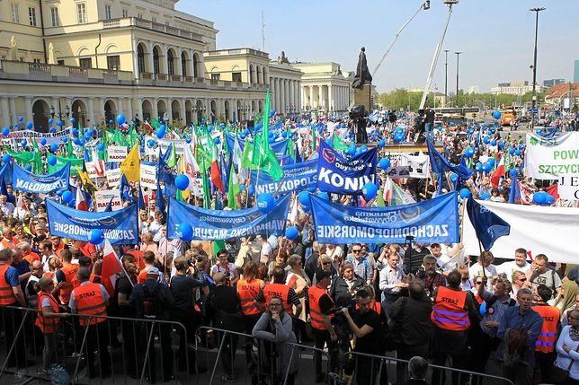 """Rozpoczęła się manifestacja środowisk opozycyjnych - """"Marsz Wolności"""""""