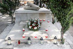 Zniszczony grobowiec gen. Zbigniewa Ścibor-Rylskiego został odnowiony