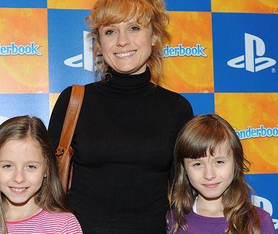 Aleksandra Woźniak z córkami: Anią i Julią. Dziś już tak nie wyglądają