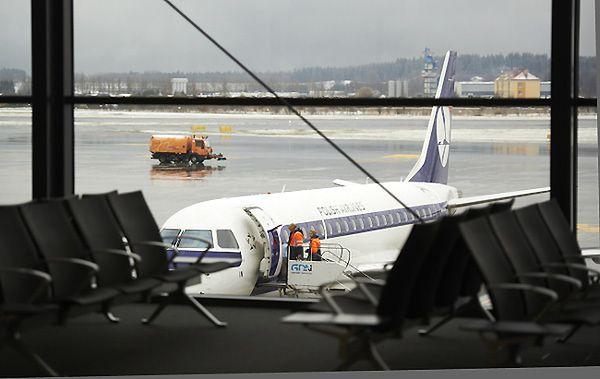 Potrzebne są samoloty dla VIPów - czarter embraerów bankrutuje