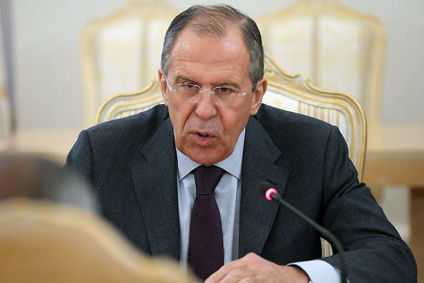 """Rosja przestrzega Zachód przed """"natrętnym pośrednictwem"""" na Ukrainie"""