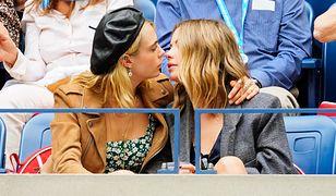 Cara Delevingne i Ashley Benson wciąż zakochane. Modelka pokazała ich pocałunek