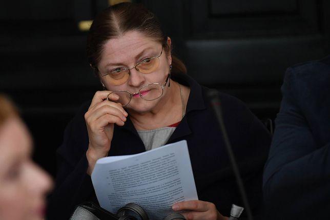Pawłowicz przepytuje sędziów