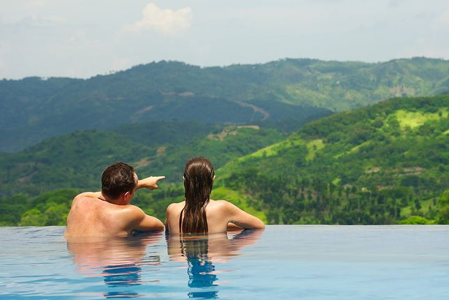 Kelly Castille i Kody Workman skrytykowani za zdjęcie w basenie infinity