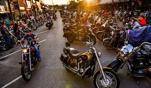 Czy motocyklowa impreza w Sturgis doprowadziła do 260 tys. przypadków koronawirusa?