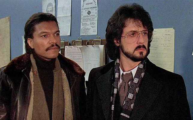 """Billy Dee Williams i Sylvester Stallone w filmie """"Nocny jastrząb"""" (1981)"""