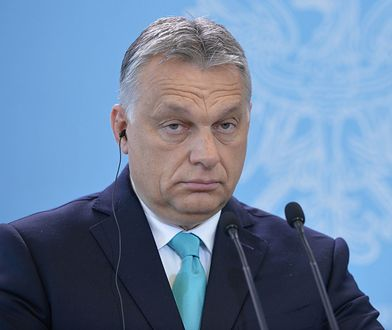 Viktor Orban założył złe spodnie. Internauci mają ubaw