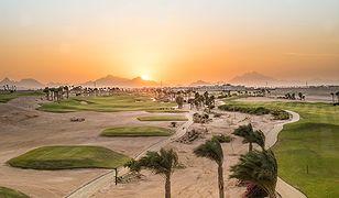 Egipt - zagraj w golfa pod piramidami