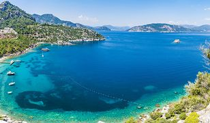 Piaszczyste plaże i ciepłe morze w Turcji czarują turystów od lat