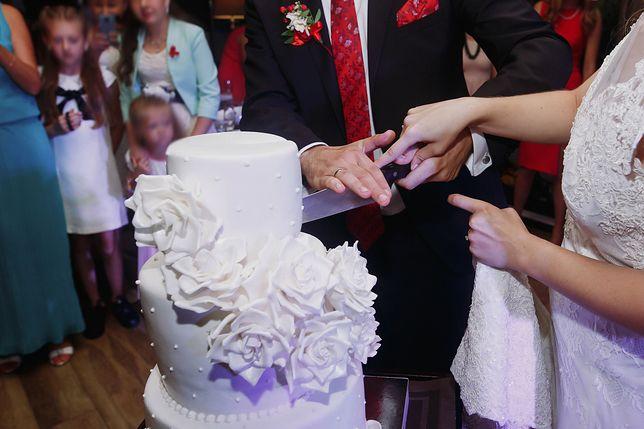 Jedzenie na weselu może wywołać sporo nieporozumień
