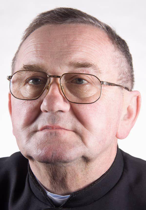 Mazowieckie. Proboszcz z Kałuszyna, ksiądz Władysław Szymański, zginął w wypadku samochodowym w nocy z poniedziałku na wtorek