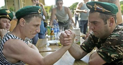 Moczymordyzm i zamordyzm czyli historia wódki w ZSSR