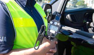 Koronawirus. Radom. 14 policjantów z drogówki z COVID-19