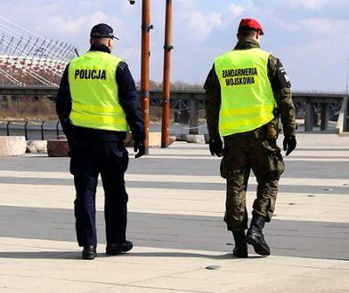 Warszawskich policjantów wspiera kilkuset żołnierzy i strażników miejskich