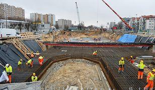Warszawa. Prace na budowie metra przy ul. Powstańców Śląskich