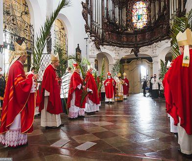 """Episkopat do wymiany? """"Papież nie może faworyzować Polaków"""""""