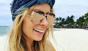 Izabela Janachowska pręży brzuszek na plaży. Porównała się do atrakcji turystycznej