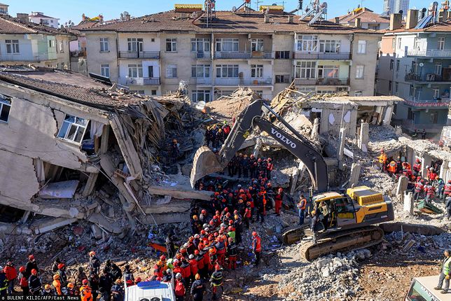Turcja. Wzrósł bilans ofiar trzęsienia ziemi