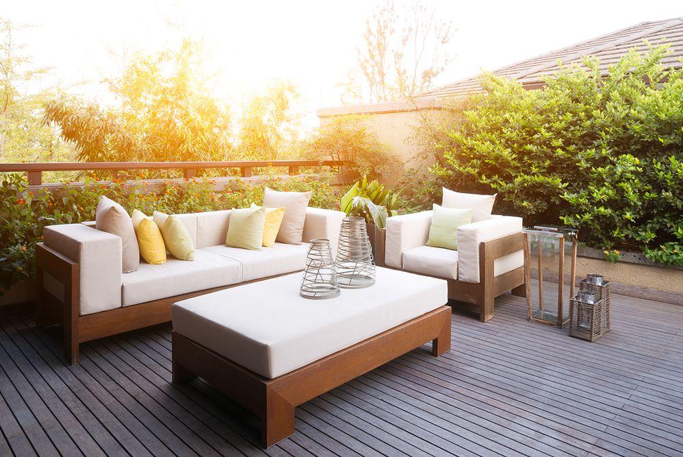 Trendy w meblach ogrodowych. Wybierz stylowe, wygodne i praktyczne